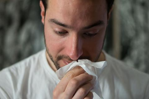 Las principales diferencias entre la gripe y el catarro