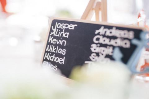 Nombres raros de personas en España