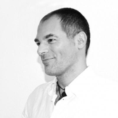Héctor corradazzi